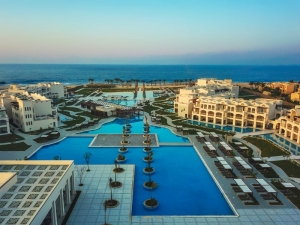 TUI Blue Alaya-Resort Overview