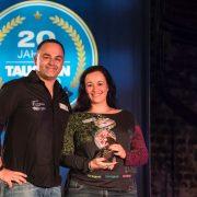 Sandra und Jens mit dem Tauchen Award 2018
